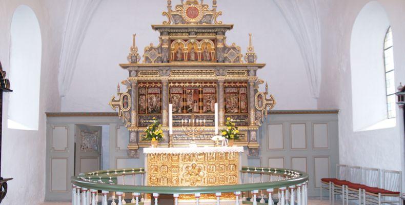 6-6-borbjerg-kirke2A99948C-1ABD-6B3E-9141-0C79AAAE3DAA.jpg